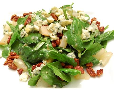 Pear & Pecan Salad