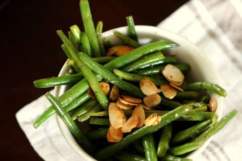Green Beans With Sauteed Almonds
