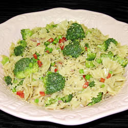 Pasta in Parsley Nut Sauce