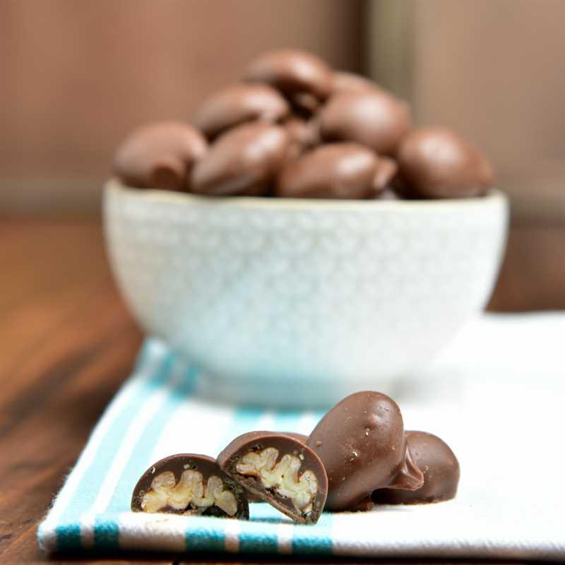 Choco Pecans