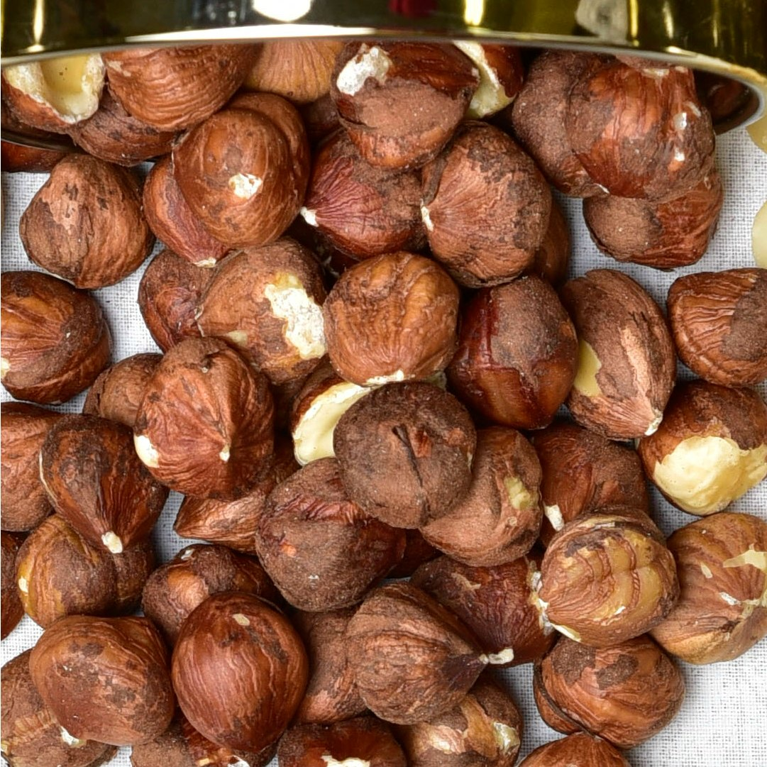 Jumbo Raw Hazelnuts Detailed
