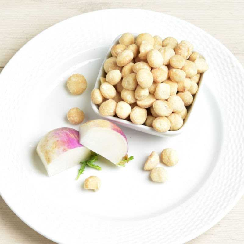 Macadamia Nuts Detailed