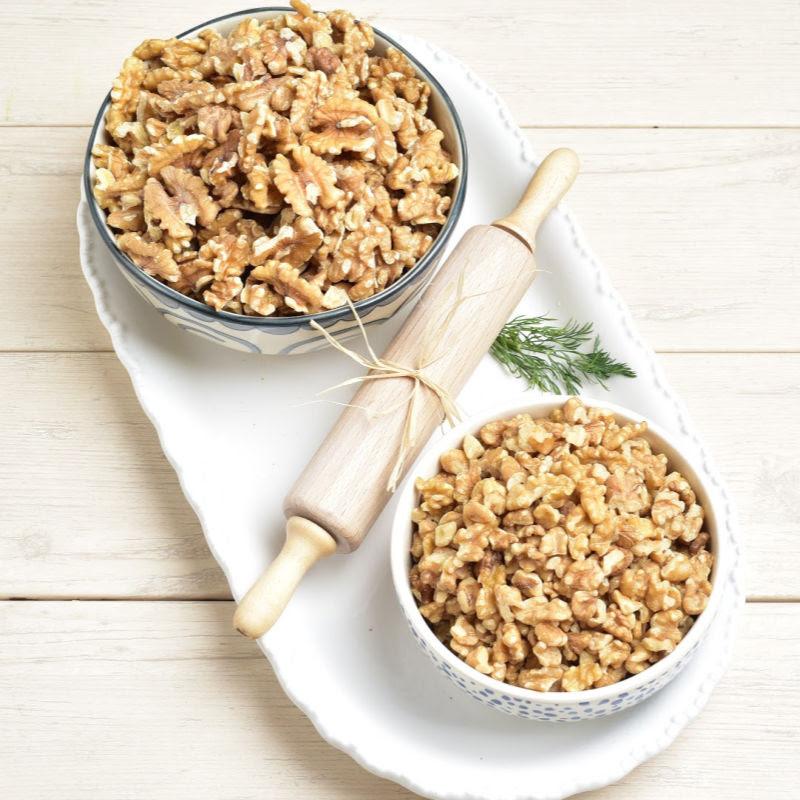 English Walnut Pieces Detailed