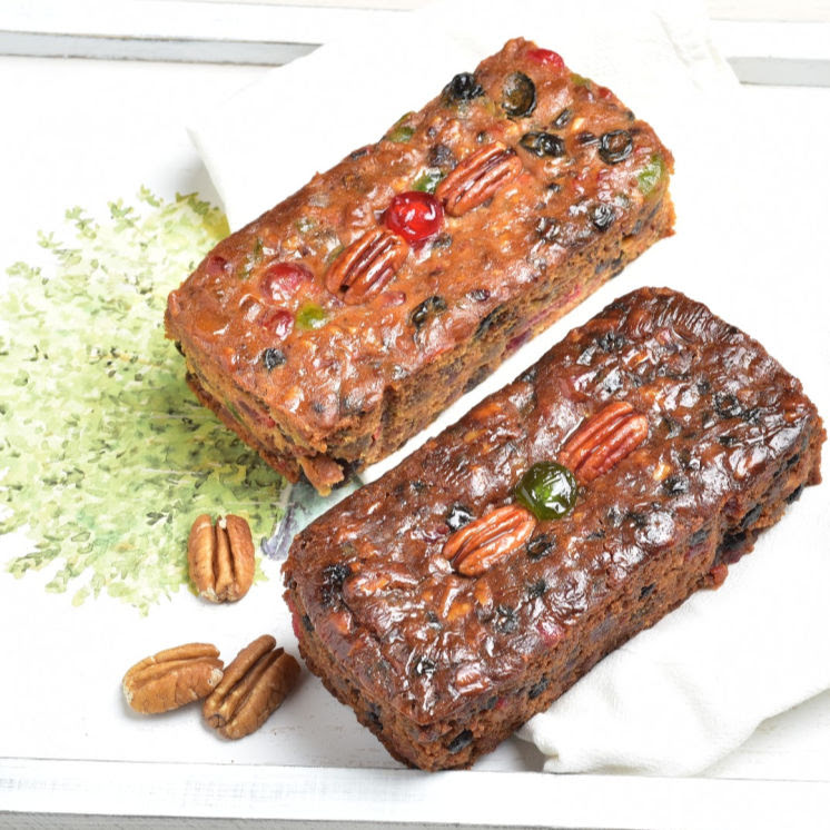 Pecan Fruitcake Combo Detailed